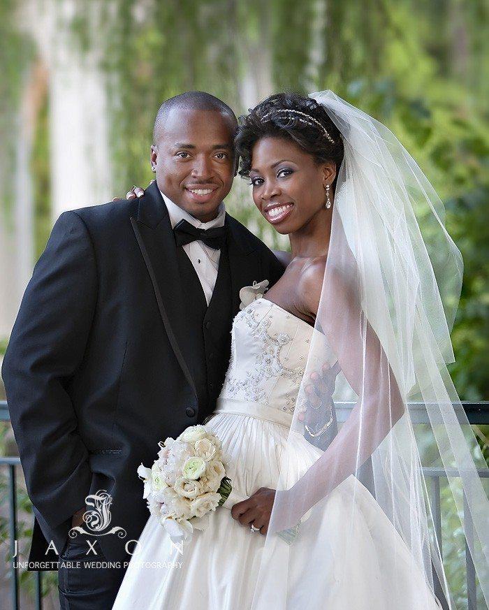 Wedding pictures at Piedmont park Atlanta | Biltmore Ballrooms Real Wedding