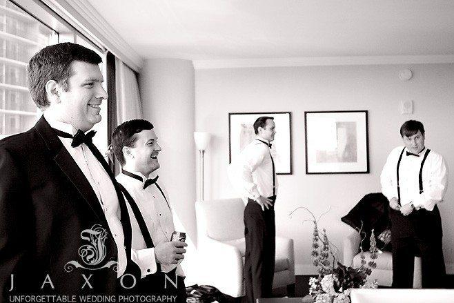 Groomsmen getting ready at Loews Hotel for Peachtree Club Wedding | Peachtree Club Roof top Weddings