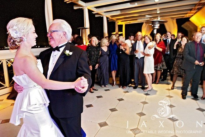 Father daughter dance | Peachtree Club Rooftop Weddings