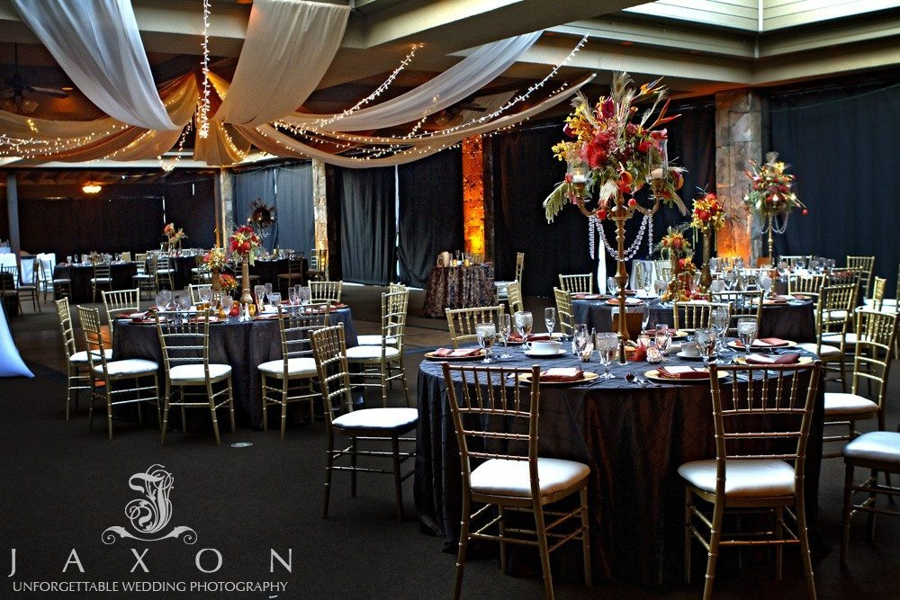 Reception ballroom PineIsle Pointe | Lake Lanier Wedding