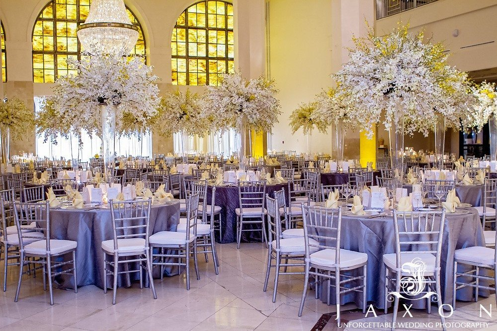 The Grand Atrium at 200 Peachtree is one of Atlanta's premier wedding location