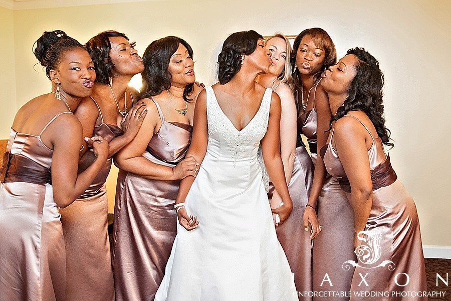 Bride and her party in the Bridal suite | atrium norcross wedding