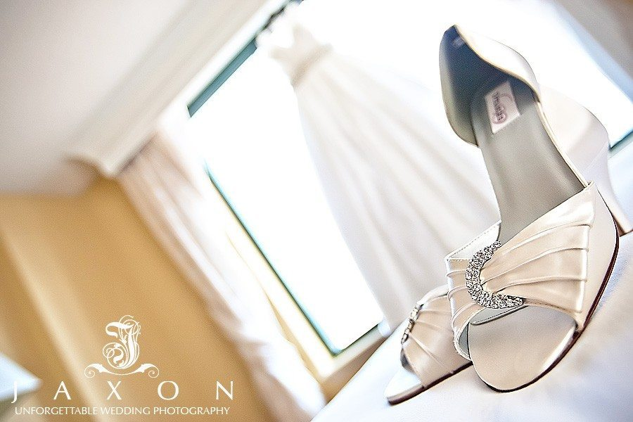 Brides open toe pumps and dress at the Augusta Marriott
